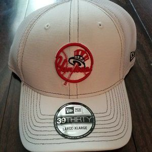Yankees New Era 39thirty Fitted Hat Men's L/XL NEW